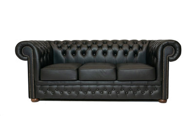 Chesterfield Sofa  First Class Leather | 3-seater | Shiny Black| 12 years guarantee